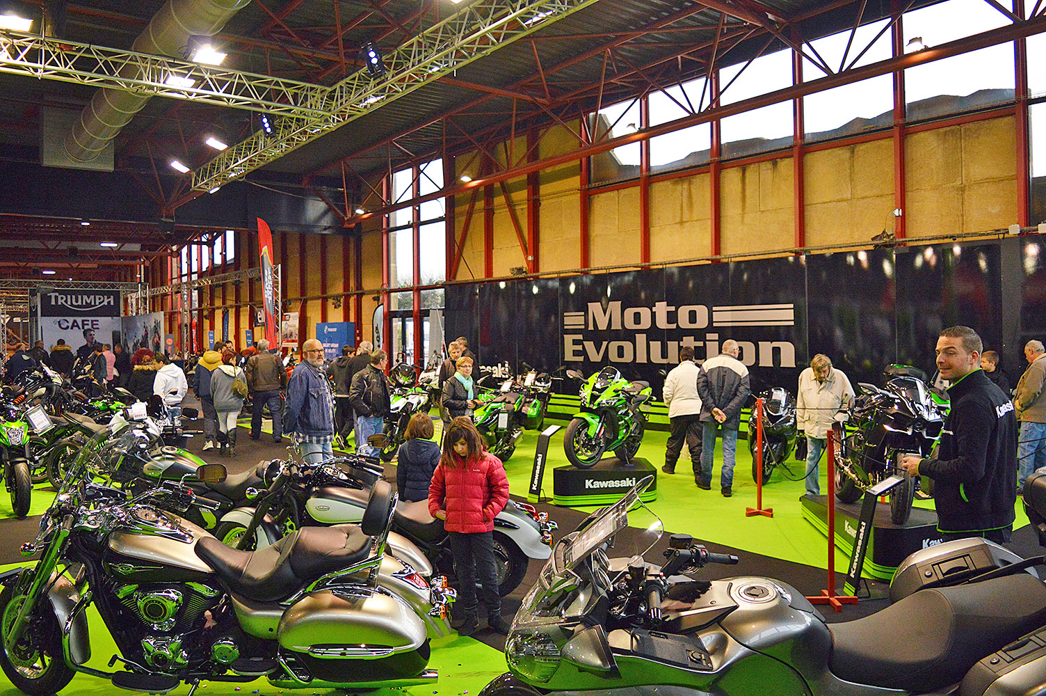 Salon de la moto de narbonne en route pour 2017 for Salon de la photo